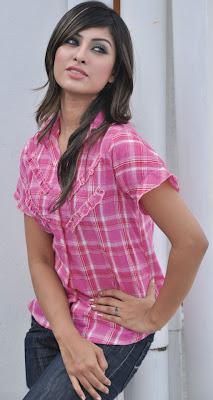 Personal Information of Anika Kabir Shokh, Anika Kabir Shokh is cute and sexy Bangladeshi actress and TV model