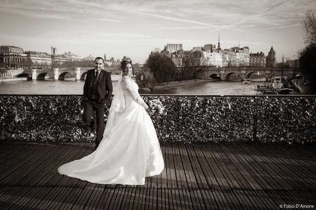 Sposi sul Pont Neuf-Parigi