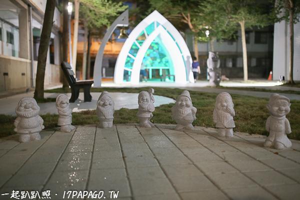 白色貓頭鷹小教堂|台中霧峰拍照好去處|小矮人飛天豬|以文圖書館旁