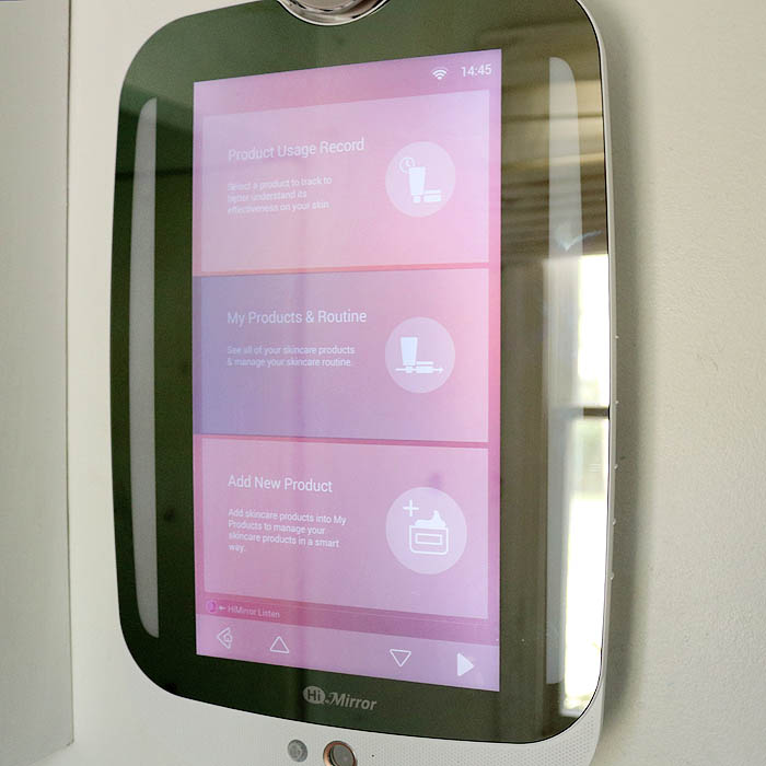 HiMirror Plus- the Smart Mirror that will Upgrade your Skincare Routine
