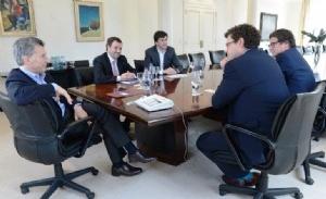 En una entrevista con el canal estadounidense CNBC el 7 de julio, Macri indicó que las inversiones alcanzarían los U$S 100.000 millones. Luego se anunció la potencial llegada de U$S 130.000 millones al cabo de los cuatro años.