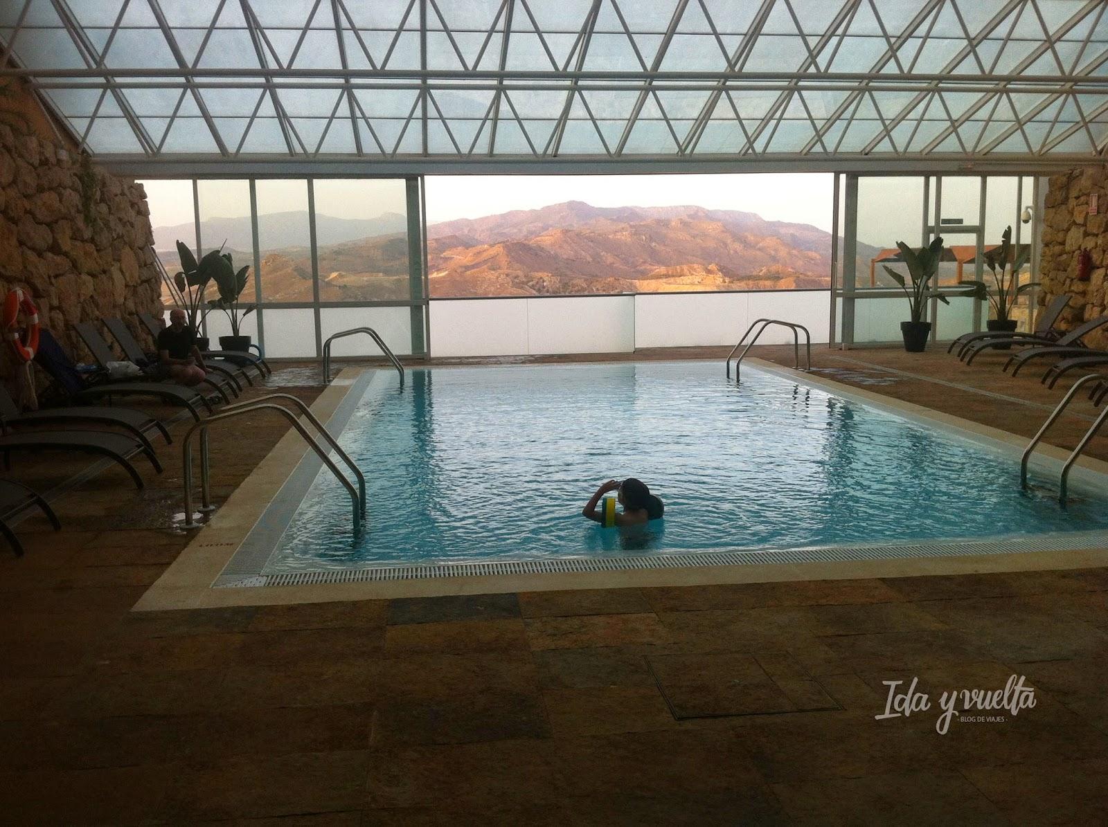 Parador de Lorca piscina