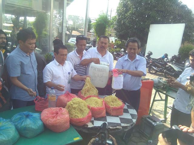 1,5 Ton Mie Formalin diamankan oleh BPOM Kota Medan Bersama Kepolisian Polda Sumut