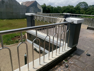 Pagar balkon stainless|Rafles hills cibubur