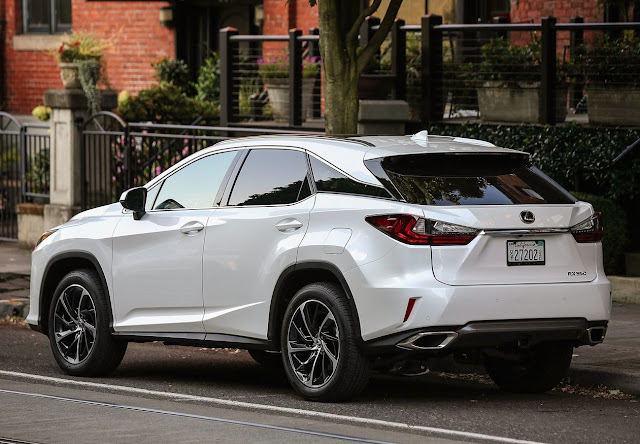 2016 Lexus RX350 white rear