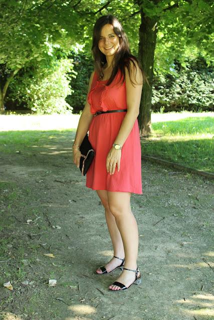 robe rose naf naf, chaussures jonak, pochette minelli