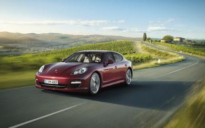 Porsche rosu