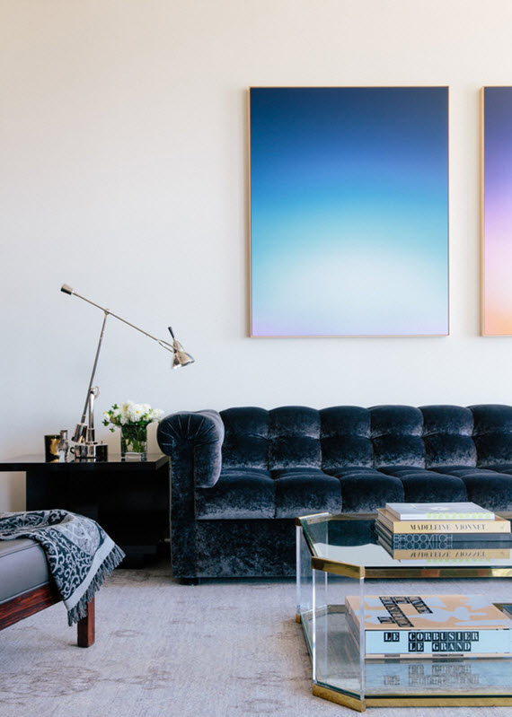 Ooh la la to this blue velvet couch.