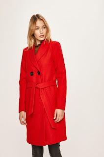 Palton de dama cu guler ridicat