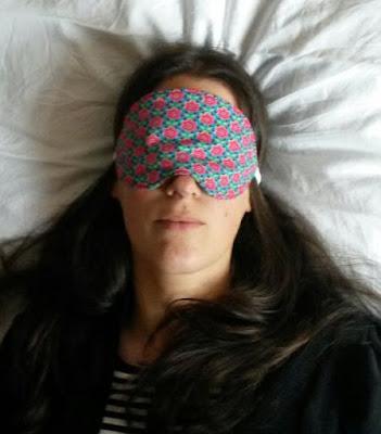 http://misshendrie.blogspot.nl/2015/07/sleeping-mask.html