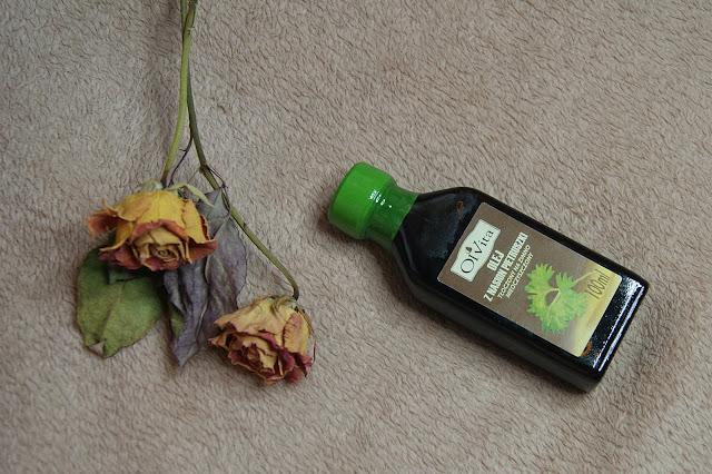 [312.] Rozjaśnianie przebarwień skóry z pomocą mało znanego oleju z nasion pietruszki.