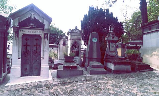 巴黎景點 拉雪茲神父墓園