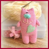 Gatito rosa amigurumi