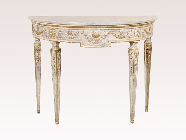 http://www.swedishantiques.biz/item/table-858