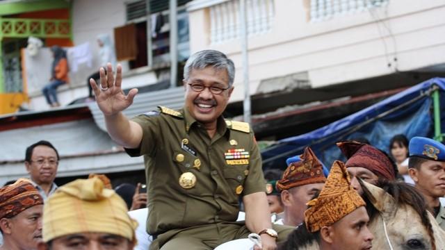3 Kali dapat WTP dari BPK, Kini KPK Resmi Menetapkan Gubernur Nur Alam (NA) Sebagai Tersangka