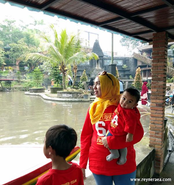 kolam renang di Makoya Pandaan