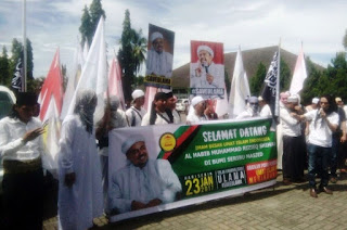 Peserta Aksi Damai Siap Mati Bela Habib Rizieq