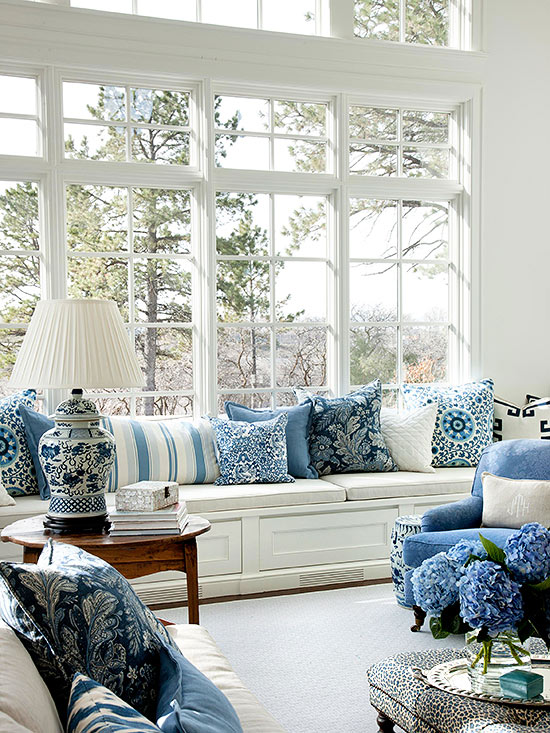 Chinoiserie Chic Navy Blue And White