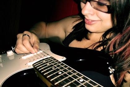 Trik Cara Belajar Gitar Dengan Cepat Hanya 5 Hari