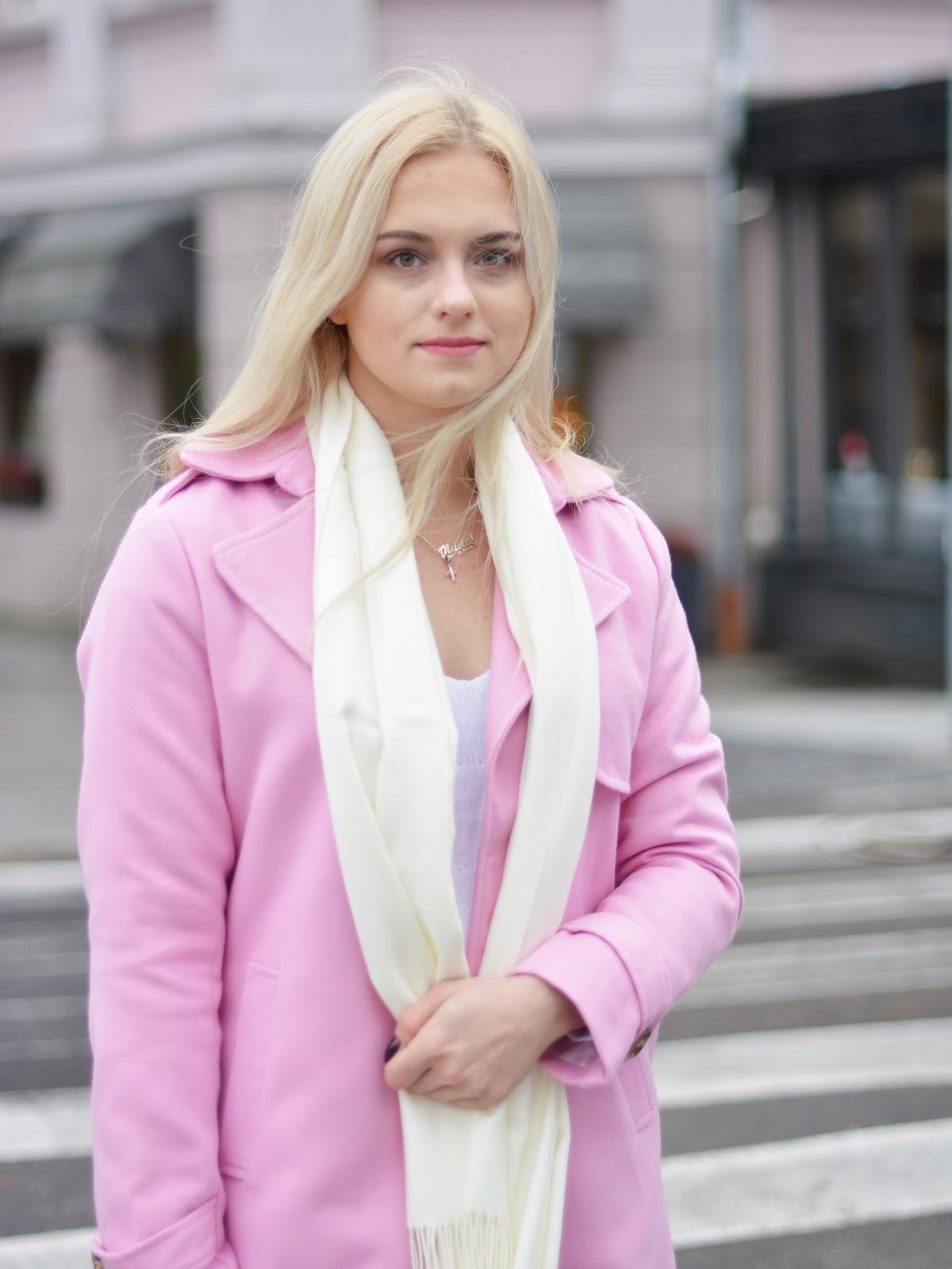 różowy płaszcz stylizacja