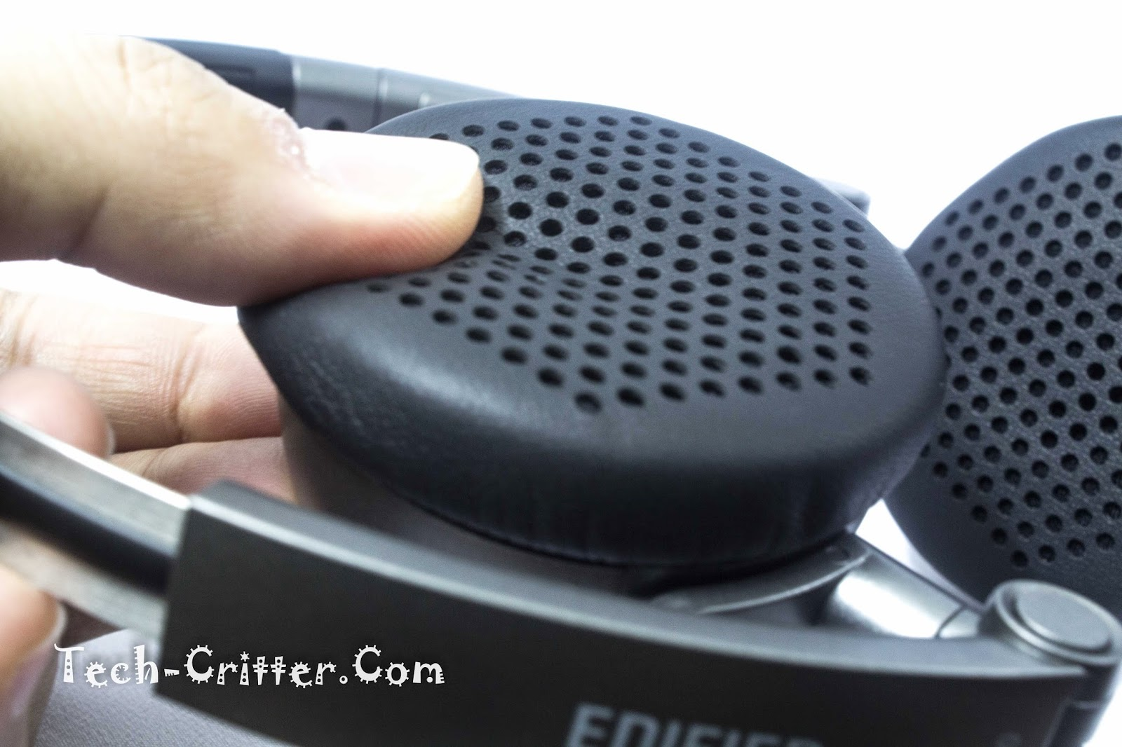 Quick Review: Edifier H690 Stereo Headset 9