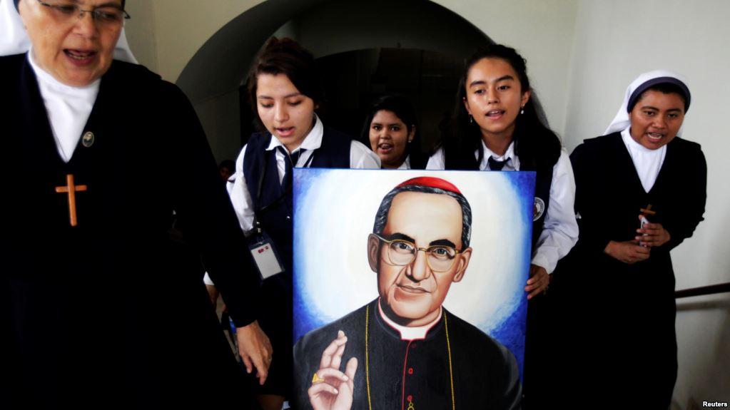 Óscar Arnulfo Romero fue acribillado en 1980 por el régimen de El Salvador / REUTERS