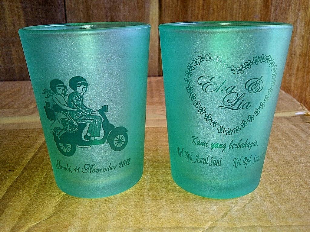 souvenir gelas,souvenir gelas murah, souvenir gelas dove,souvenir pernikahan gelas unik,souvenir pernikahan gelas murah,souvenir pernikahan gelas mug.