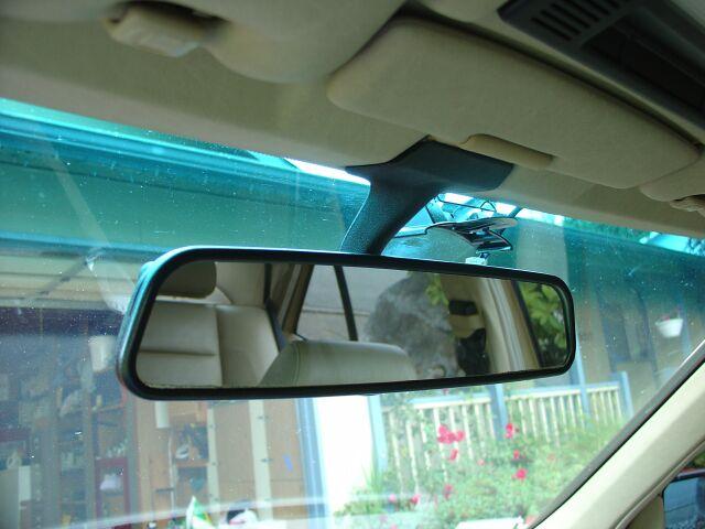 In iterjadi karena memang saat ini populasi kendaraan sudah sangat banyak dijalanan 6 Tips Penting Menggunakan Kaca Spion Untuk Menjaga Keselamatan Dalam Berkendara