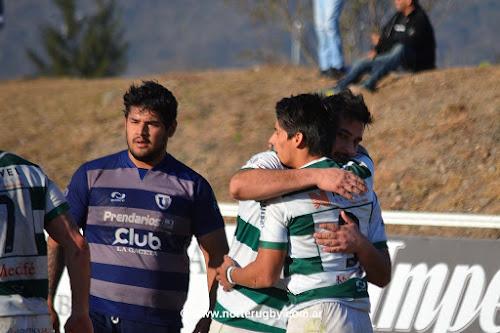 Universitario de Salta venció a Univerristario de Tucumán por 26 a 25.