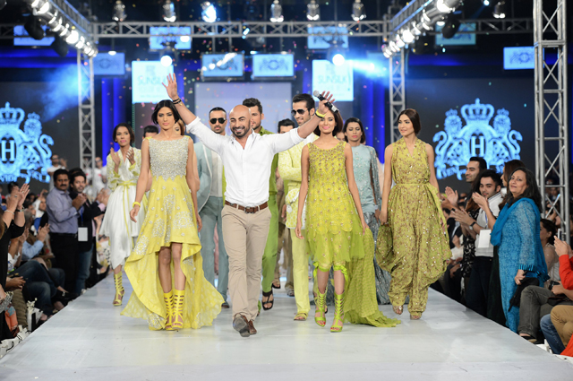 Current Pak World Hassan Sheheryar Yasin Pakistani Fashion Designer