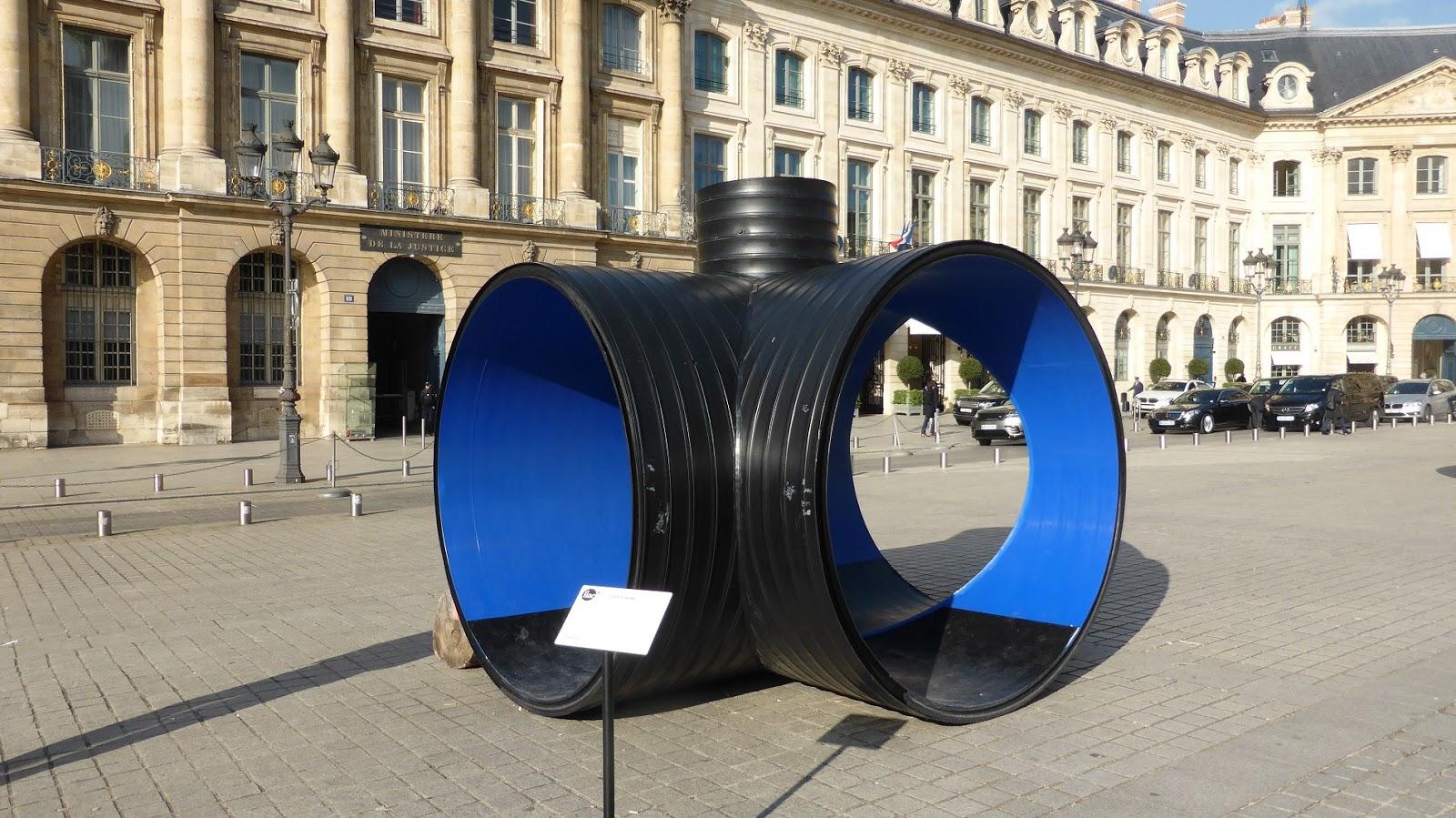 Paris bise art des tuyaux place vend me for Paris vendome gioielli