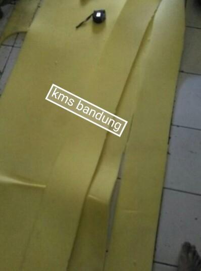 Pemakaian busa yellow
