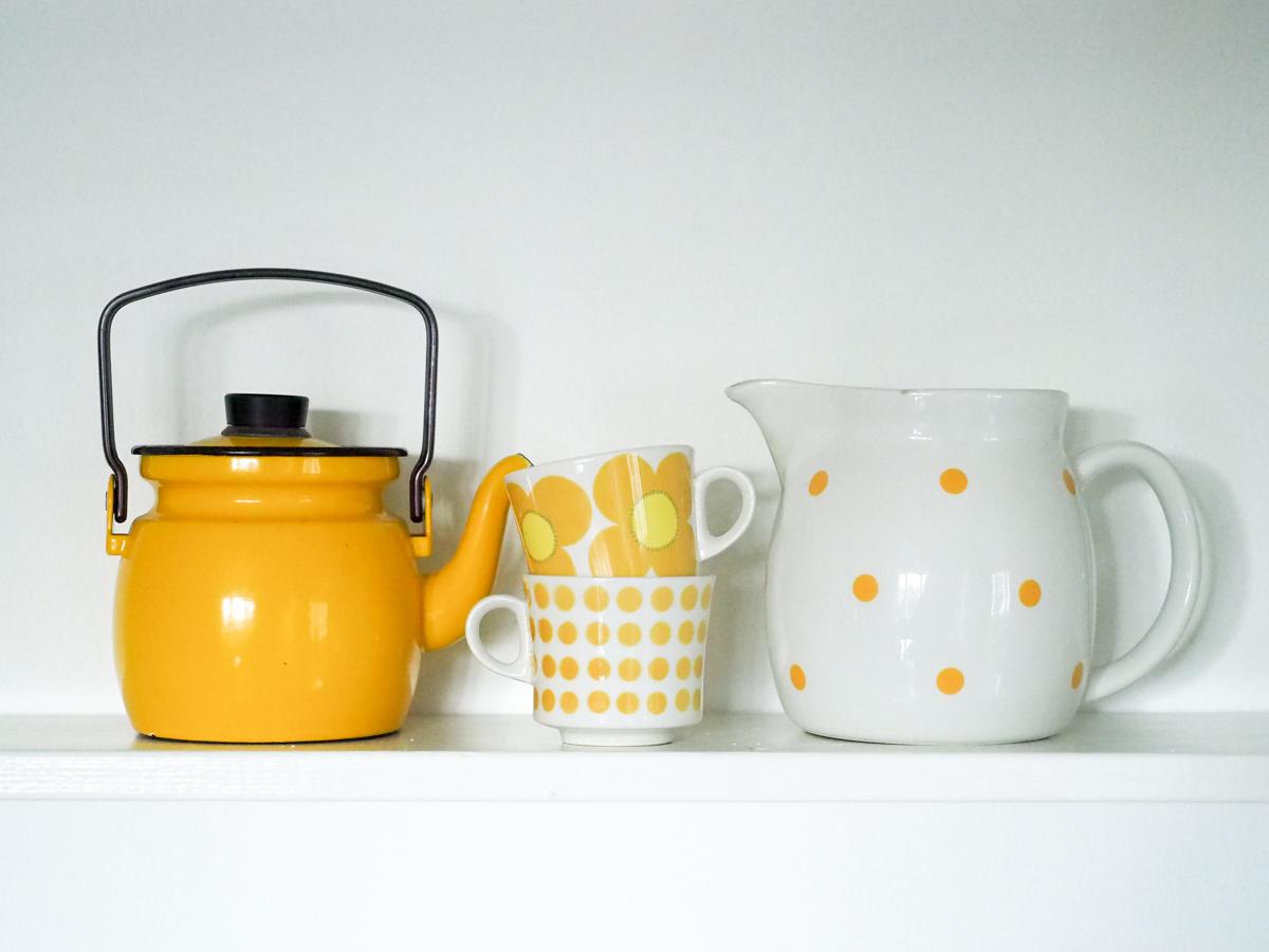 Finel, keltainen kahvipannu, Arabian kahvikuppi