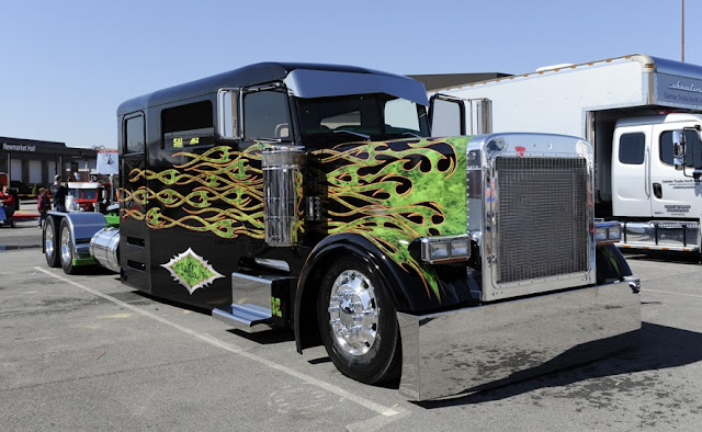 gambar modifikasi truk yang ekstrim di dunia