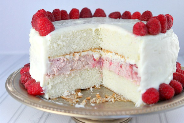 http://www.recipegirl.com/2014/11/17/raspberry-cheesecake-cake/