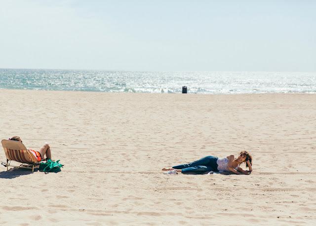 Tiffany SNSD Seru-Seruan di Pantai Dalam Foto Teaser Baru