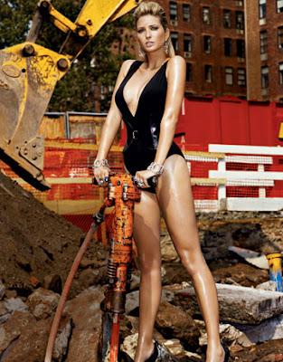 Ivanka Trump construyendo el muro