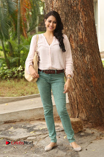 Actress Panchi Bora Pictures in Jeans at Evaru Movie Press Meet  0175