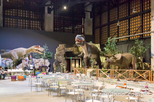 dev dinozor maketleri, Jurassic Land