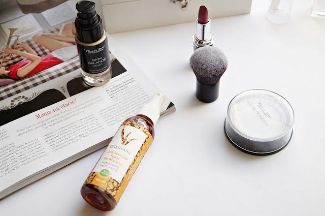Naturalnekosmetyki pielęgnacyjne do włosów, Biolaven żel pod prysznic oraz wcierka Orientana, ajurwedyjski tonik do włosów