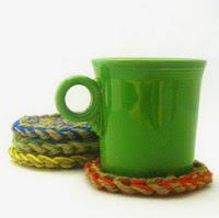 http://translate.googleusercontent.com/translate_c?depth=1&hl=es&rurl=translate.google.es&sl=en&tl=es&u=http://easymakesmehappy.blogspot.com.es/2010/02/jute-coasters-easy-crochet-project.html&usg=ALkJrhgSOVEmPVI_XWbkCrR--E3Buq96Hg