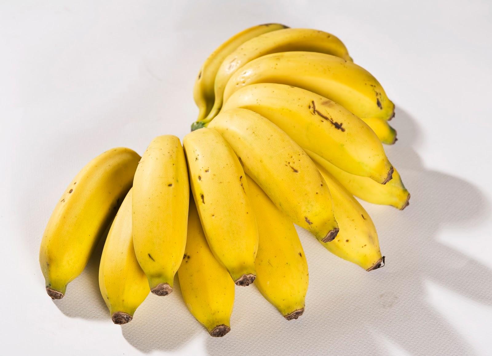 #Banana-maçã