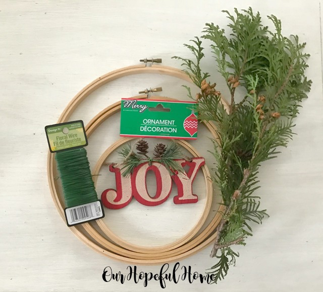 DIY Embroidery Hoop Christmas Wreath materials tutorial