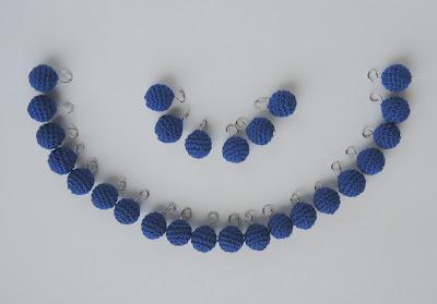 beads, jewelry.jpg, handmade, beads.jpg, jewelry, бусины крючком, обвязать крючком, как обвязать бусину, вязаные бусы, вязаные бусы крючком, вязаные бусы своими руками, бусы своими руками, вязаные крючком, связано крючком, украшение, украшения своими руками, цепочка, бусины на цепочке, как сделать бусы, бусы мастер класс, бусинки фурнитура,