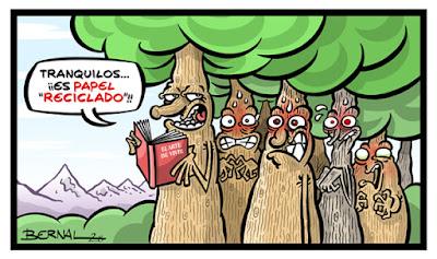 Meme de humor sobre los libros y la celulosa de los árboles