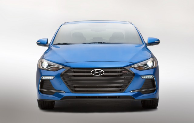Hyundai Elantra 2017 performances