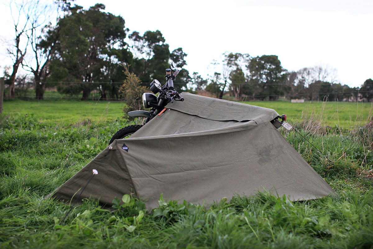 exposed-motorcycle-bivouac-7 & Gear Review - Exposed Motorcycle Bivouac | Return of the Cafe Racers