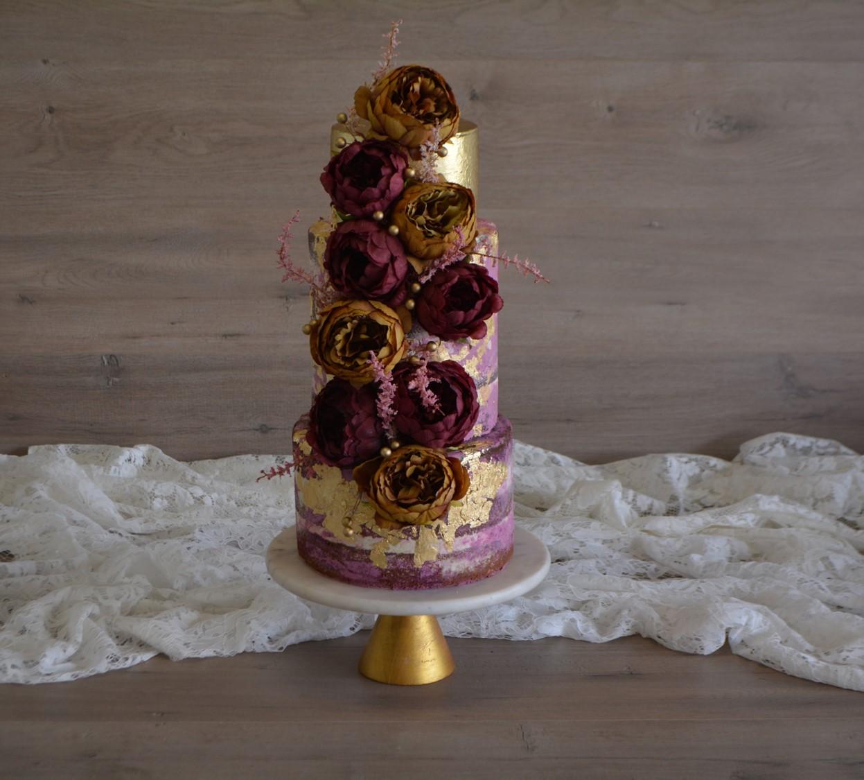 BRISBANE WEDDING CAKES NAKED CAKES ARTISTIC DESIGNER