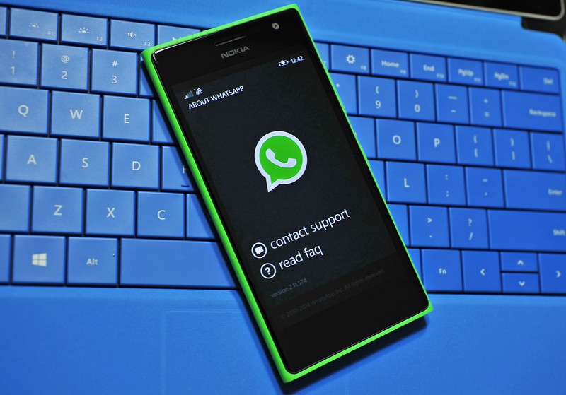 Come mandare la vostra posizione GPS su WhatsApp con Windows Phone, Windows 10 Mobile