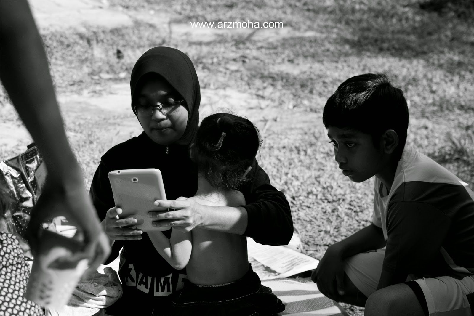 Black and White, Mak long, almira, cik puteri, daughter, girl, family day